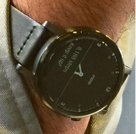 Moto360(2015)