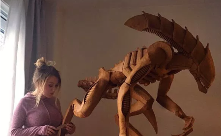 Gingerbreadxenomorph